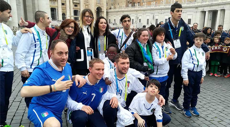 quarta categoria calcio piazza san pietro vaticano papa francesco